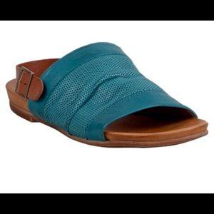 EUC Mix Mooz Sandal